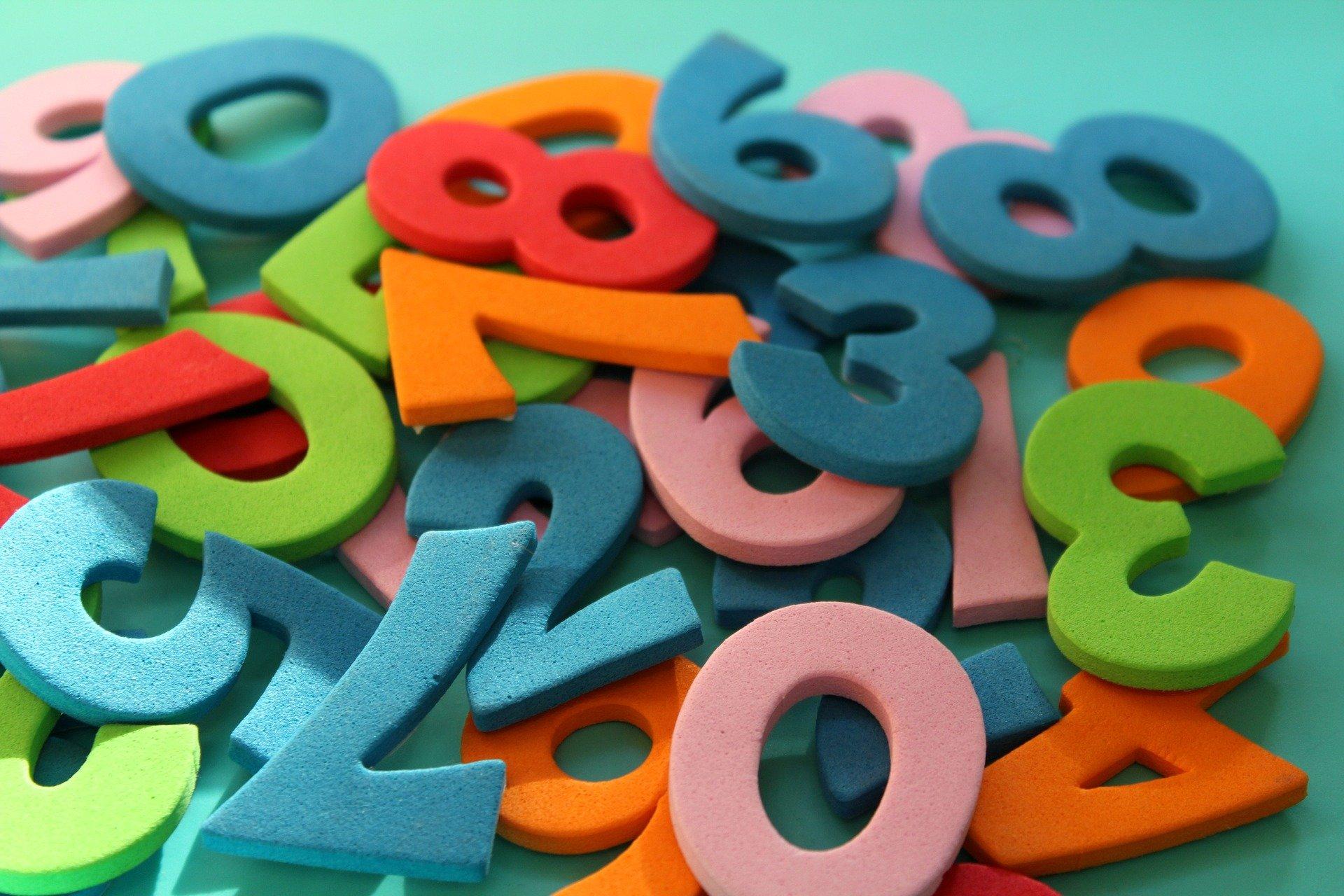 multitude de chiffres colorés