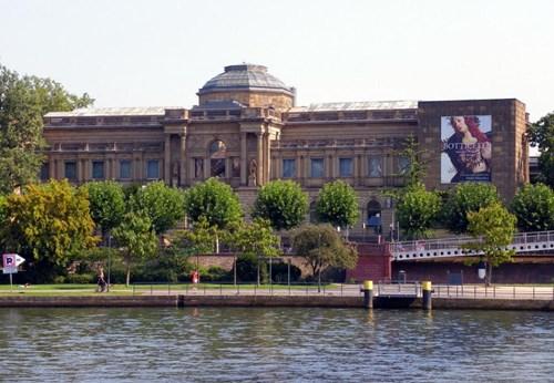 متحف شتادل من اهم متاحف فرانكفورت المانيا
