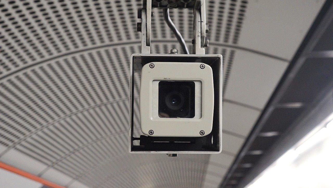 מצלמות אבטחה למפעלים - מצלמת אבטחה למפעל