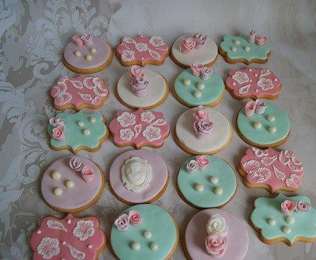 μπουφέ βαπτισης cookies ζαχαρόπαστας tea pot cake ζαχαροπλαστείο καλαμάτας madame charlotte, baptism theme cookies kalamata