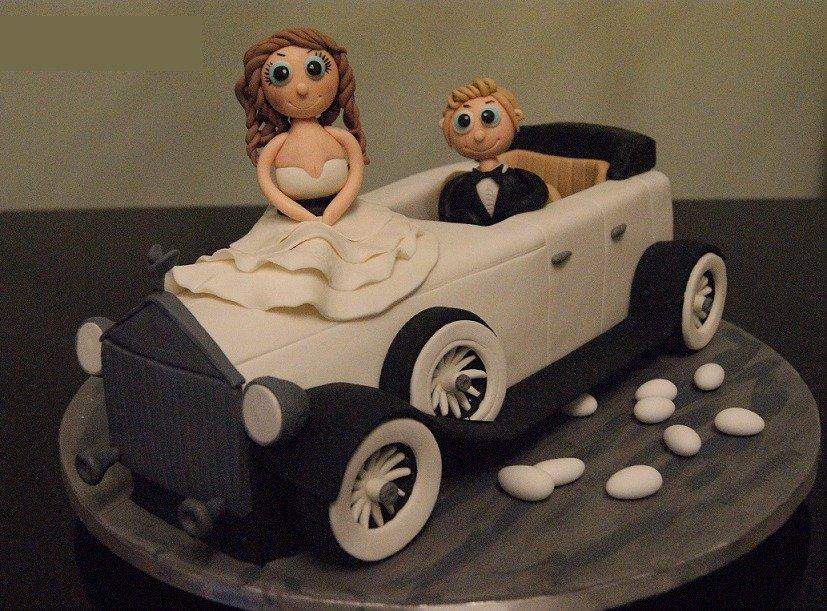γάμου τούρτα απο ζαχαρόπαστα νυφική αυτοκινητο αντικα madame charlotte ζαχαροπλαστείο καλαμάτα, wedding cakes kalamata