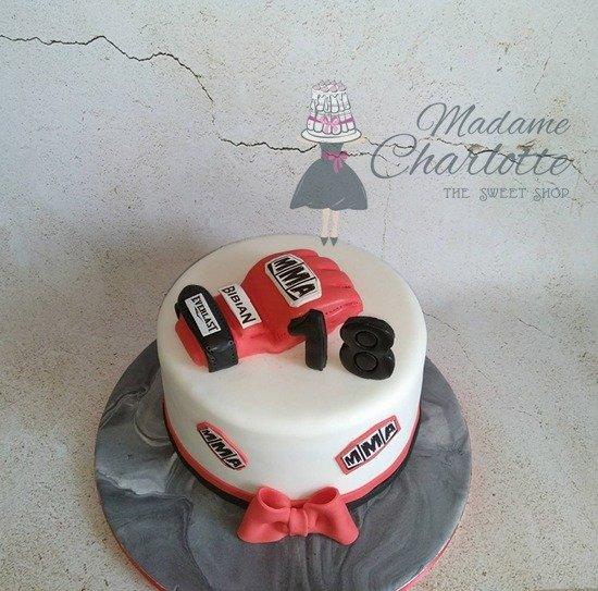παιδική τούρτα γελεθλίων από ζαχαρόπαστα άθλημα γυναστήριο mma boxing theme, ζαχαροπλαστείο καλαμάτα madamecharlotte.gr, birthday cakes kalamata