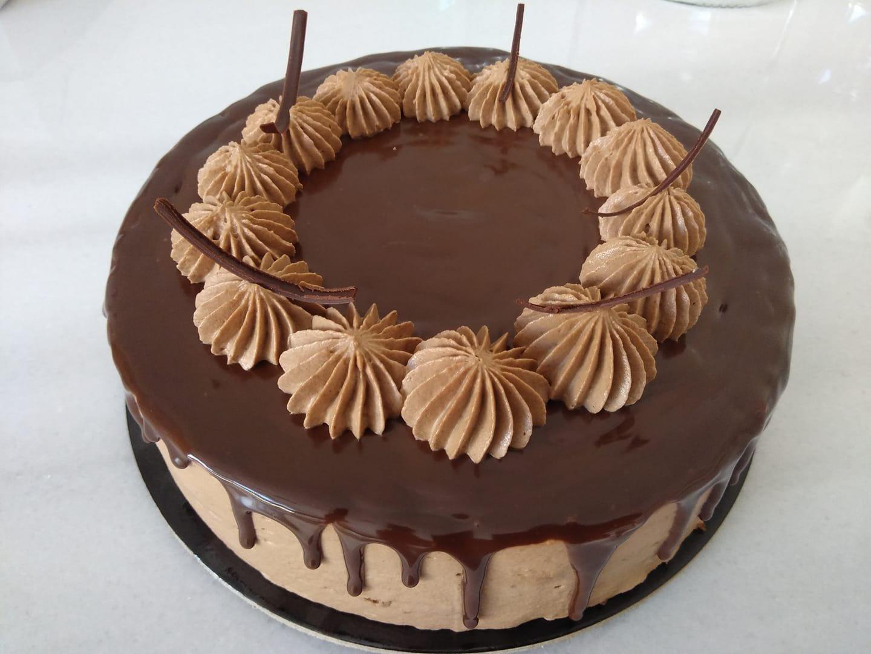 τούρτα σεράνο, Ζαχαροπλαστείο καλαμάτα madame charlotte, σοκολατάκια πάστες γλυκά τούρτες γεννεθλίων γάμου βάπτισης παιδικές θεματικές birthday theme party cake 2d 3d confectionery patisserie kalamatar