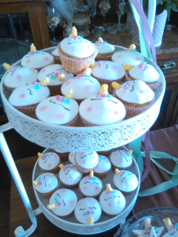μπουφέ βάπτισης cup cakes μονόκερος Ζαχαροπλαστειο καλαματα madame charlotte, birthday cakes kalamata