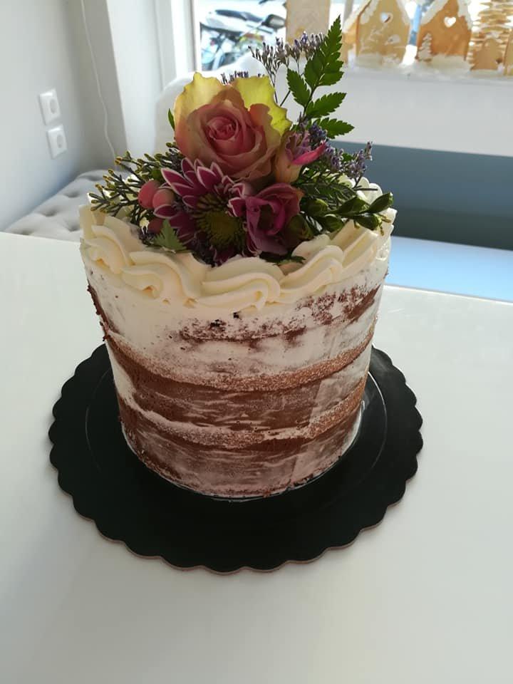 τούρτα χωρίς ζαχαρόπαστα ανθη λουλουδια μπουμπουκια τριανταφυλλα  flowers, ζαχαροπλαστείο καλαμάτα madame charlotte, birthday wedding party cakes 2d 3d kalamata