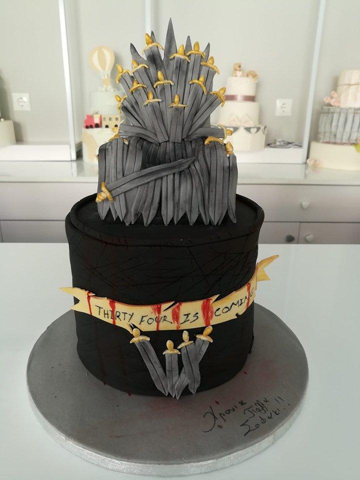 τούρτα από ζαχαρόπαστα game of thrones - ο σιδηρούς θρόνος, Ζαχαροπλαστείο καλαμάτα madame charlotte, τούρτες γεννεθλίων γάμου βάπτησης παιδικές θεματικές birthday theme party cake 2d 3d confectionery patisserie kalamata