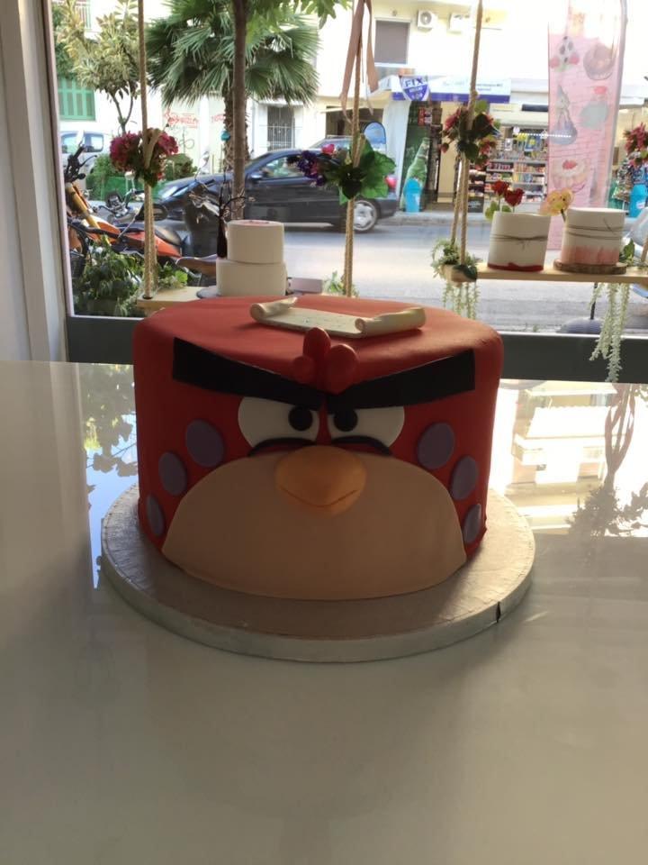 τούρτα από ζαχαρόπαστα angry birds, Ζαχαροπλαστείο καλαμάτα madame charlotte, τούρτες γεννεθλίων γάμου βάπτησης παιδικές θεματικές birthday theme party cake 2d 3d confectionery patisserie kalamata