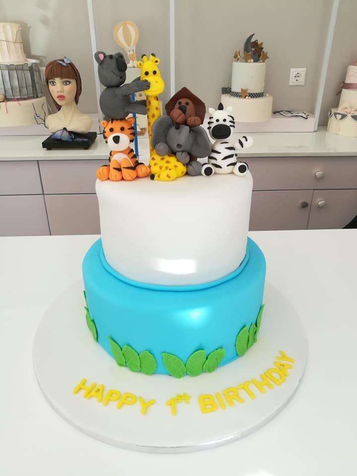 τούρτα από ζαχαρόπαστα safari 2οροφη σαφάρι ζώα της ζούγκλας, Ζαχαροπλαστείο καλαμάτα madame charlotte, τουρτες παρτι παιδικες γενεθλιων για αγόρια για κορίτσια για μεγάλους madamecharlotte.gr birthday cakes patisserie confectionery kalamata