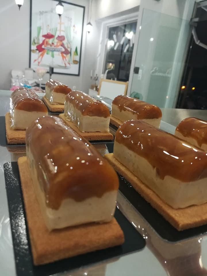 τάρτα με κρέμα μπαχαρικών και καραμελωμένο μήλο, Ζαχαροπλαστείο Καλαμάτας madame charlotte, σοκολατάκια πάστες γλυκά τούρτες γεννεθλίων γάμου βάπτισης παιδικές θεματικές birthday theme party cake 2d 3d confectionery patisserie kalamata