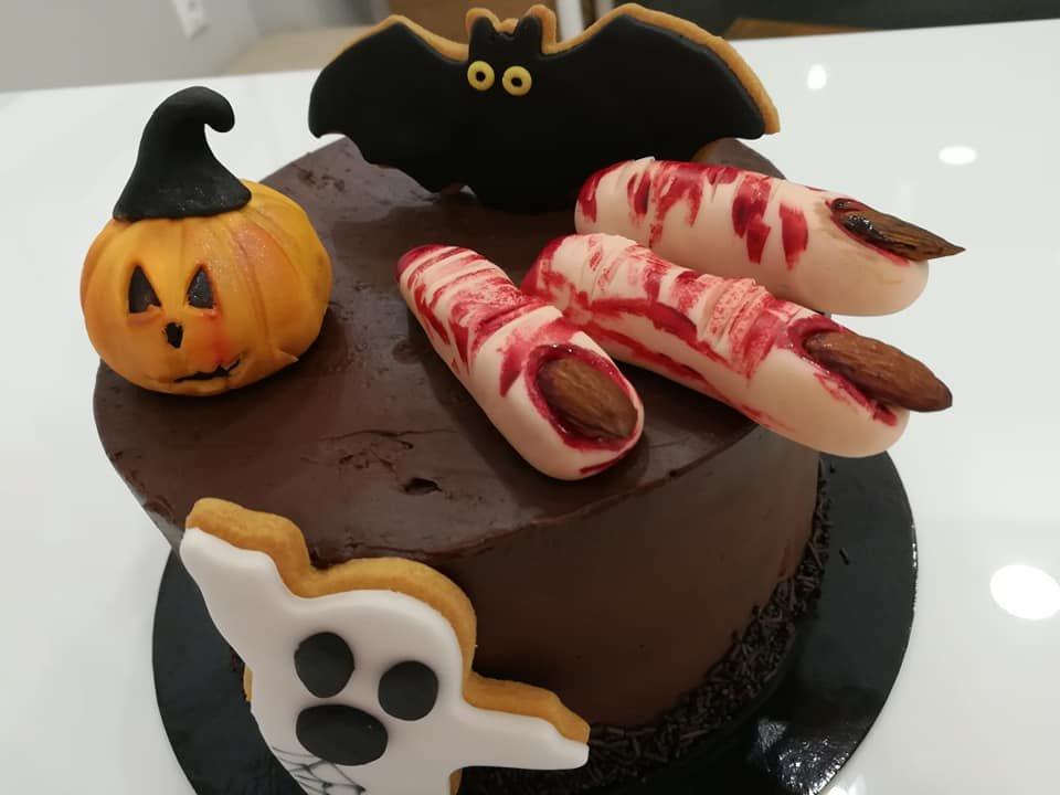τούρτα χωρίς ζαχαρόπαστα αποκριάτικη Halloween, ζαχαροπλαστείο καλαμάτα madame charlotte, birthday wedding party cakes 2d 3d kalamata