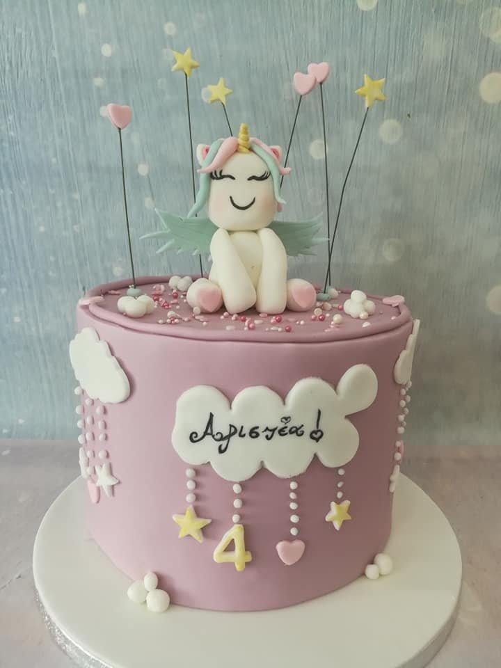 τούρτα από ζαχαρόπαστα unicorn clouds μονόκερος, Ζαχαροπλαστείο καλαμάτα madame charlotte, τουρτες παρτι παιδικες γενεθλίων για αγόρια για κορίτσια για μεγάλους madamecharlotte.gr birthday theme cakes patisserie confectionery kalamata