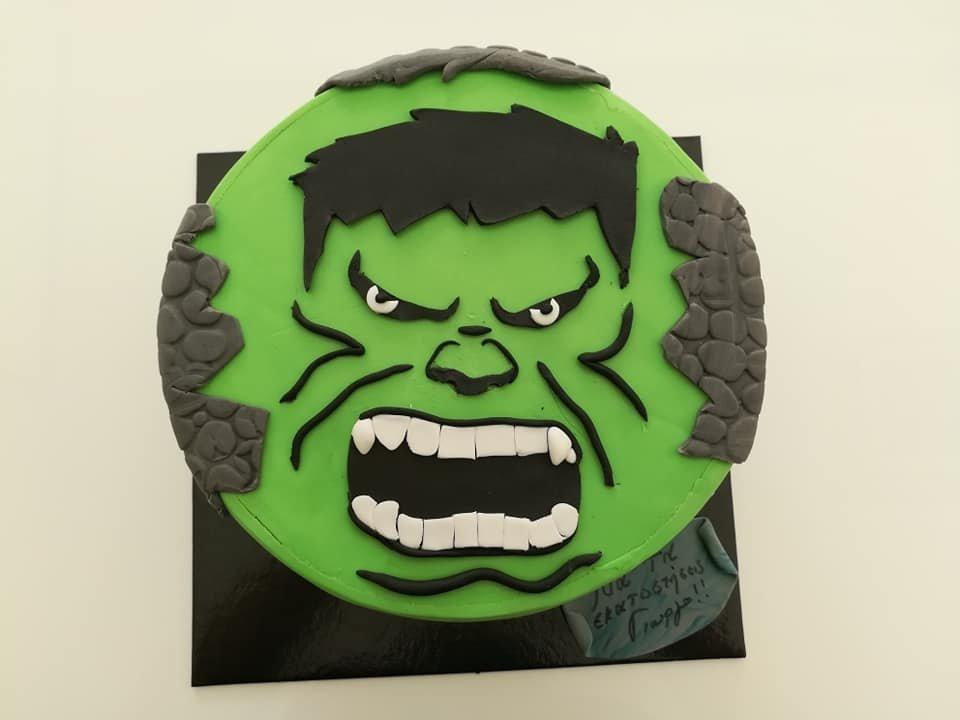 τούρτα από ζαχαρόπαστα hulk face, Ζαχαροπλαστείο καλαμάτα madame charlotte, τουρτες παρτι παιδικες γενεθλίων για αγόρια για κορίτσια για μεγάλους madamecharlotte.gr birthday theme cakes patisserie confectionery kalamata