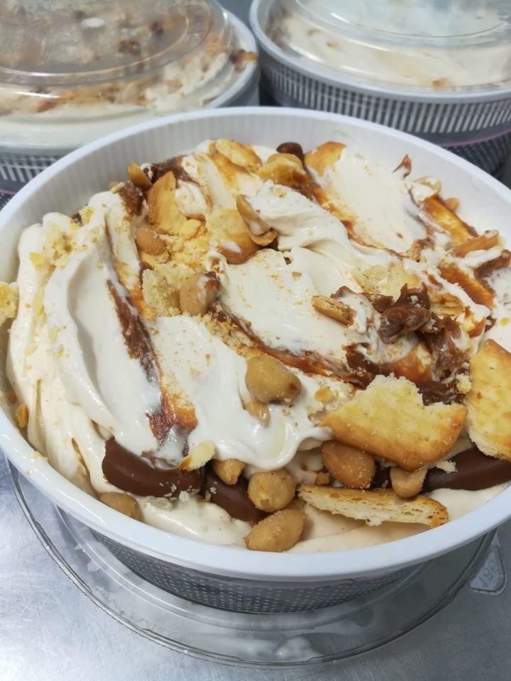 παγωτό για το σπίτι καλαμάτα, gelato gelateria, homemade handmade ice cream kalamata, Ζαχαροπλαστεία καλαμάτας madame charlotte, φαρών 139, καλαματα, madamecharlotte.gr, confectionery patisserie