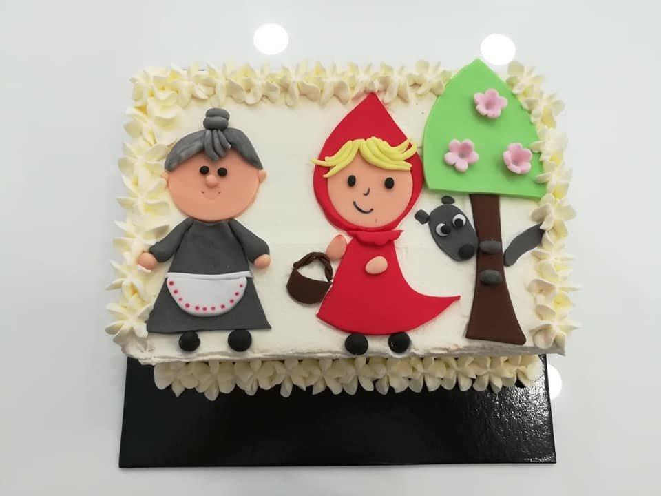 τούρτα από ζαχαρόπαστα κοκκινοσκουφίτσα θεματική τούρτα themed cake, Ζαχαροπλαστείο Καλαμάτα madame charlotte, τούρτες για πάρτι παιδικές γενεθλίων για αγόρια για κορίτσια για μεγάλους madamecharlotte.gr birthday themed cakes patisserie confectionery kalamata