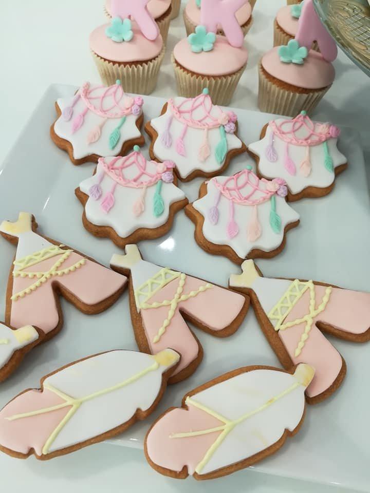 μπουφέ βάπτισης με κουλουράκια,  cup cakes και τούρτα από ζαχαρόπαστα ινδιανα ελεφαντινα, Ζαχαροπλαστειο καλαματα madame charlotte, birthday baptism theme cakes and cookies kalamata, madamecharlotte.gr, τούρτες γενεθλίων γάμου βάπτισης παιδικές θεματικές μπουφέ βάπτισης με κουλουράκια και cup cakes από ζαχαρόπαστα, Ζαχαροπλαστειο καλαματα madame charlotte, birthday baptism theme cakes and cookies kalamata, madamecharlotte.gr, τούρτες γενεθλίων γάμου βάπτισης παιδικές θεματικές μπουφέ βάπτισης με κουλουράκια και cup cakes από ζαχαρόπαστα, Ζαχαροπλαστειο καλαματα madame charlotte, birthday baptism theme cakes and cookies kalamata, madamecharlotte.gr, τούρτες γενεθλίων γάμου βάπτισης παιδικές θεματικές