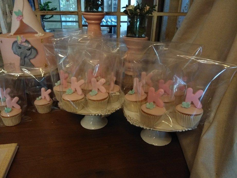 μπουφέ βάπτισης με κουλουράκια,  cup cakes και τούρτα από ζαχαρόπαστα ινδιανα ελεφαντινα, μπουφέ βάπτισης με κουλουράκια και cup cakes από ζαχαρόπαστα, Ζαχαροπλαστειο καλαματα madame charlotte, birthday baptism theme cakes and cookies kalamata, madamecharlotte.gr, τούρτες γενεθλίων γάμου βάπτισης παιδικές θεματικές
