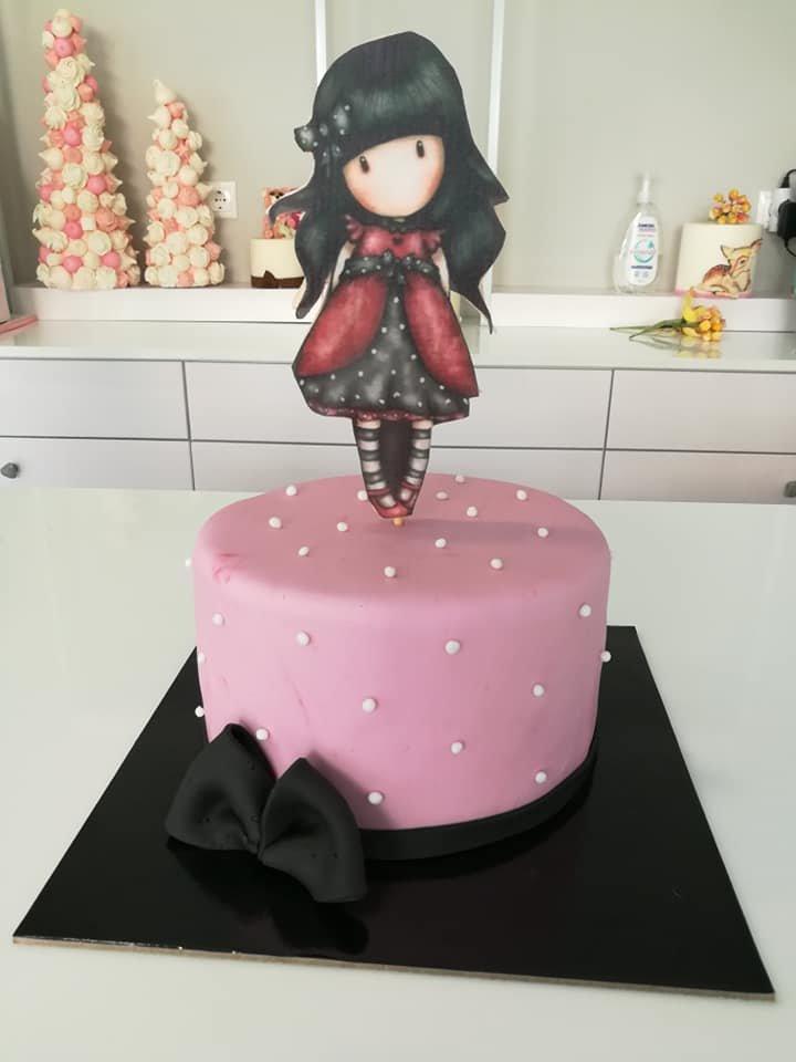τούρτα από ζαχαρόπαστα gorjuss themed cake, Ζαχαροπλαστεία στη Καλαμάτα madame charlotte, τούρτες γεννεθλίων γάμου βάπτησης παιδικές θεματικές birthday theme party cake 2d 3d confectionery patisserie kalamata