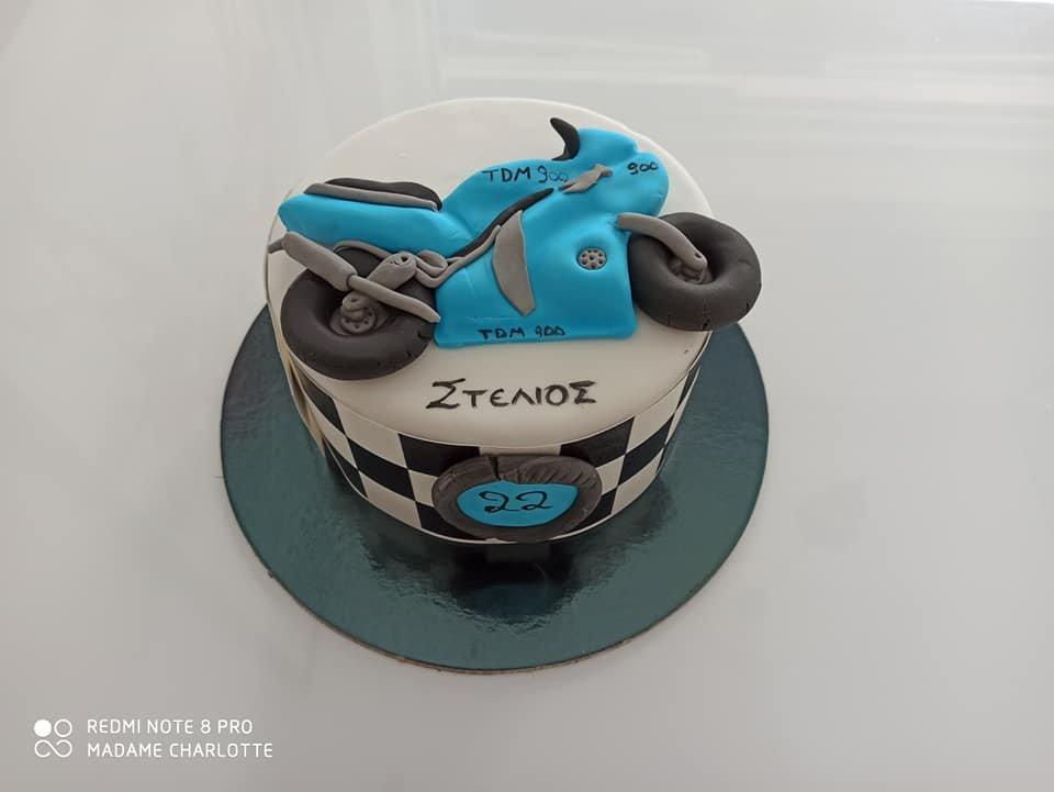 τούρτα από ζαχαρόπαστα yamaha dtm 900 themed cake, Ζαχαροπλαστεία Καλαμάτα madame charlotte, τούρτες για πάρτι παιδικές γενεθλίων για αγόρια για κορίτσια για μεγάλους, birthday themed cakes patisserie confectionery kalamata