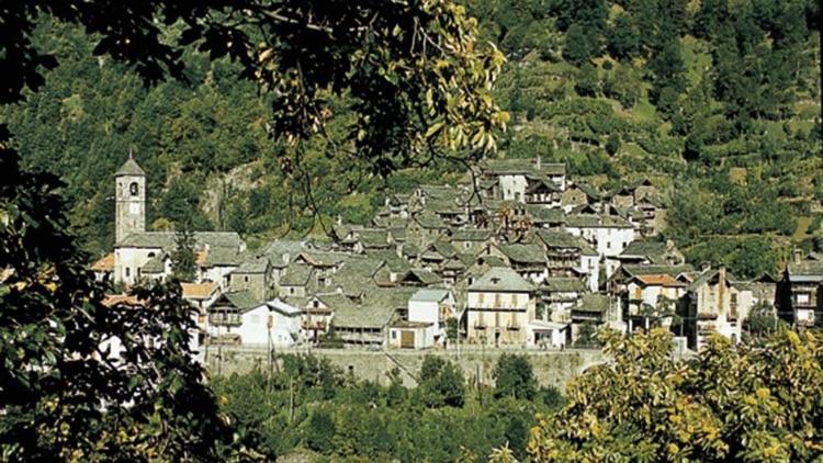 Vista panorâmica da comuna de Borgomezzavalle