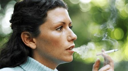 הלבנת שיניים למעשנים