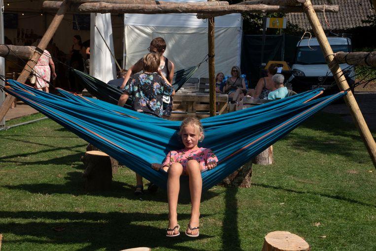 Familiefeest en verenigingsmarkt in het Reinaertpark in Destelbergen.
