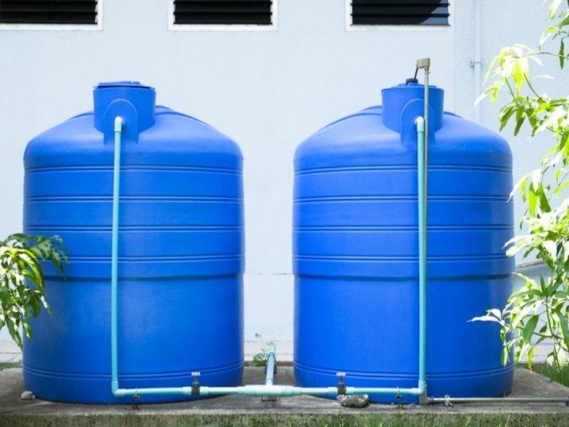 طرق تنظيف خزانات المياه البلاستيكية