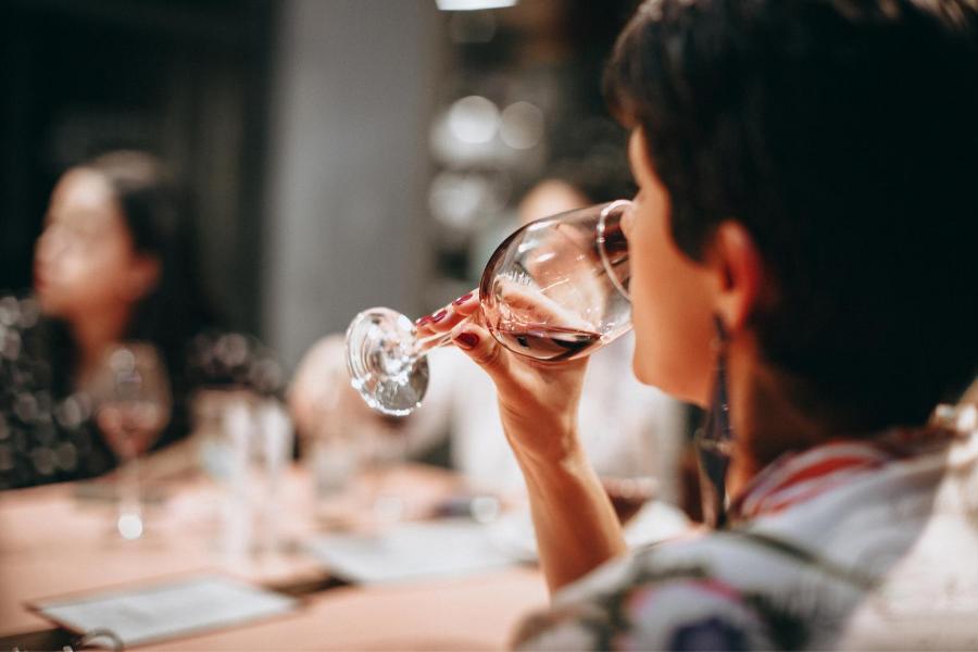 Dégustation de vin suisse