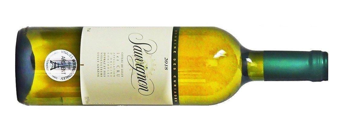 Une bouteille de Sauvuignon de Geneve du Domaine des Curiades, vin blanc sec