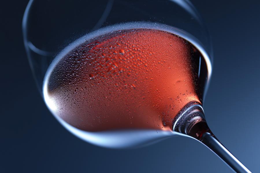 Verre de vin orange