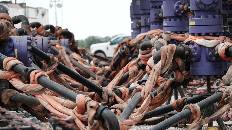 FILE PHOTO: A Chevron fracking site near Midland, Texas.