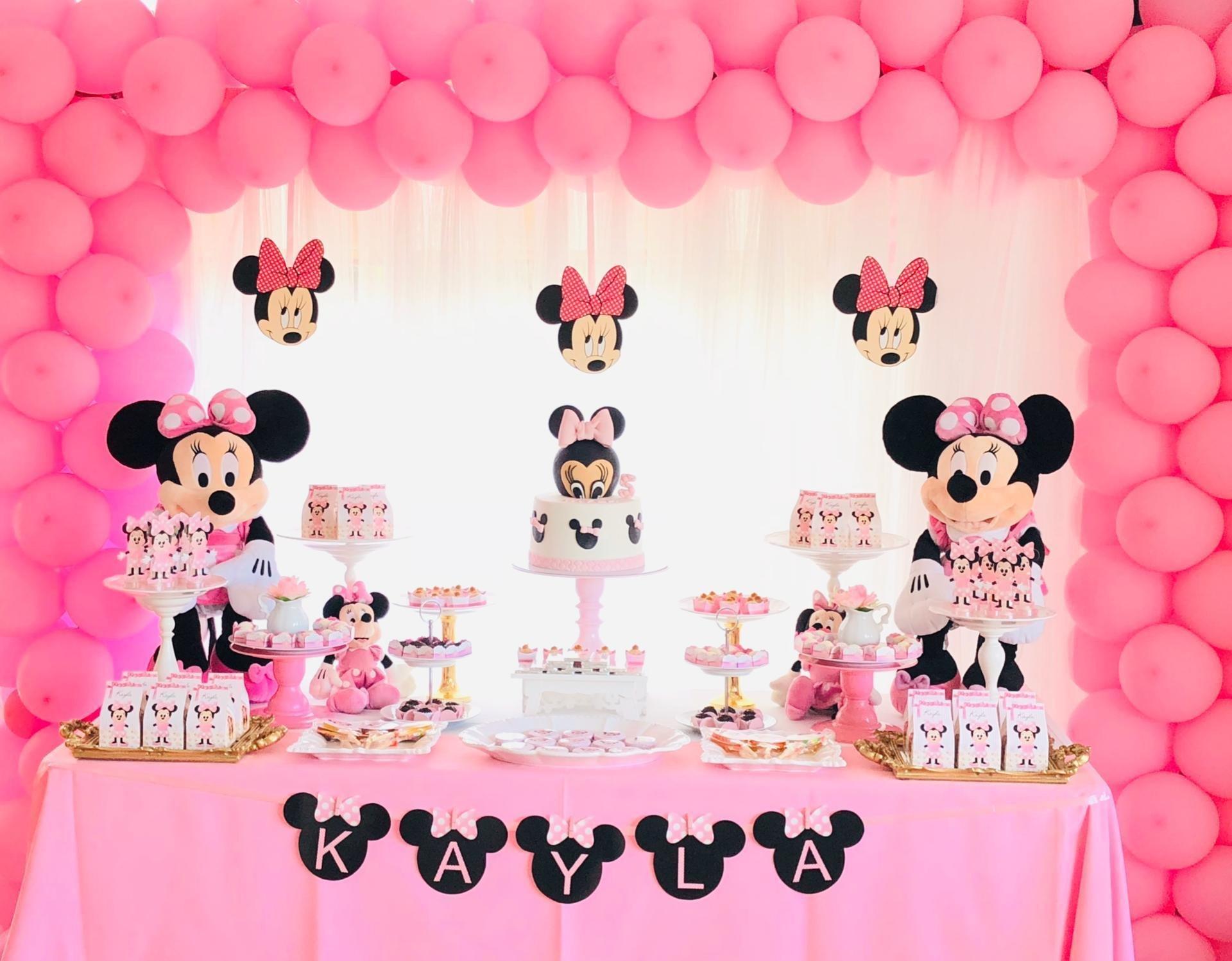 Decoração de festa infantil tema Minnie Mouse