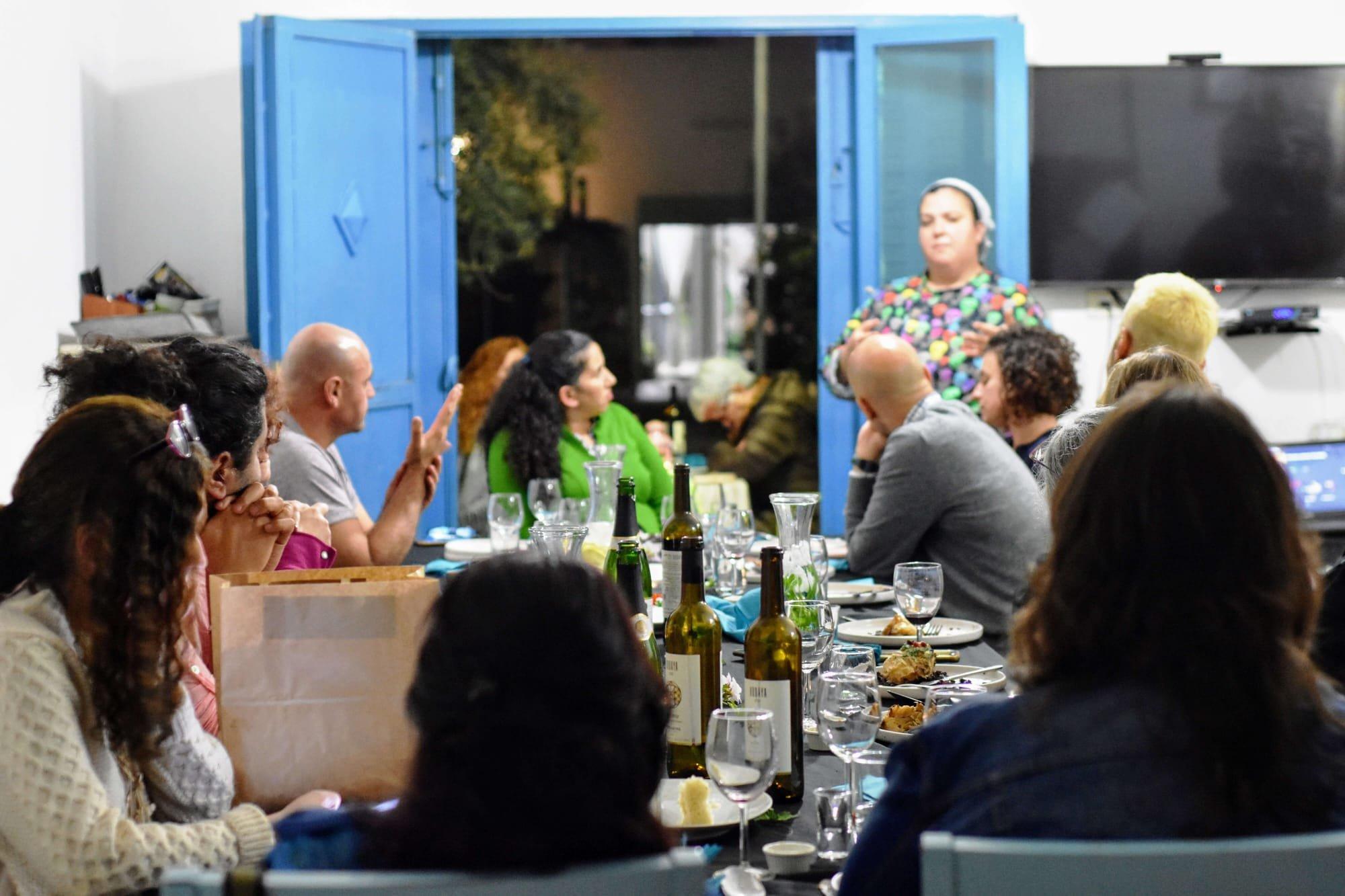 ליליה - אוכל טבעוני מפתיע, סדנאות אוכל בבאר סבע והסביבה, בישול טבעוני, סדנאות אוכל, ארוחות שף קונספט, בת עמי בוזגלו