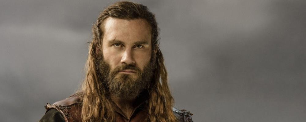 viking hairstyles long hair man