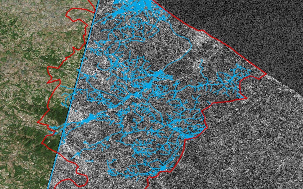 4 imagens SAR da Utilis com a rede de distribuição sobreposta.