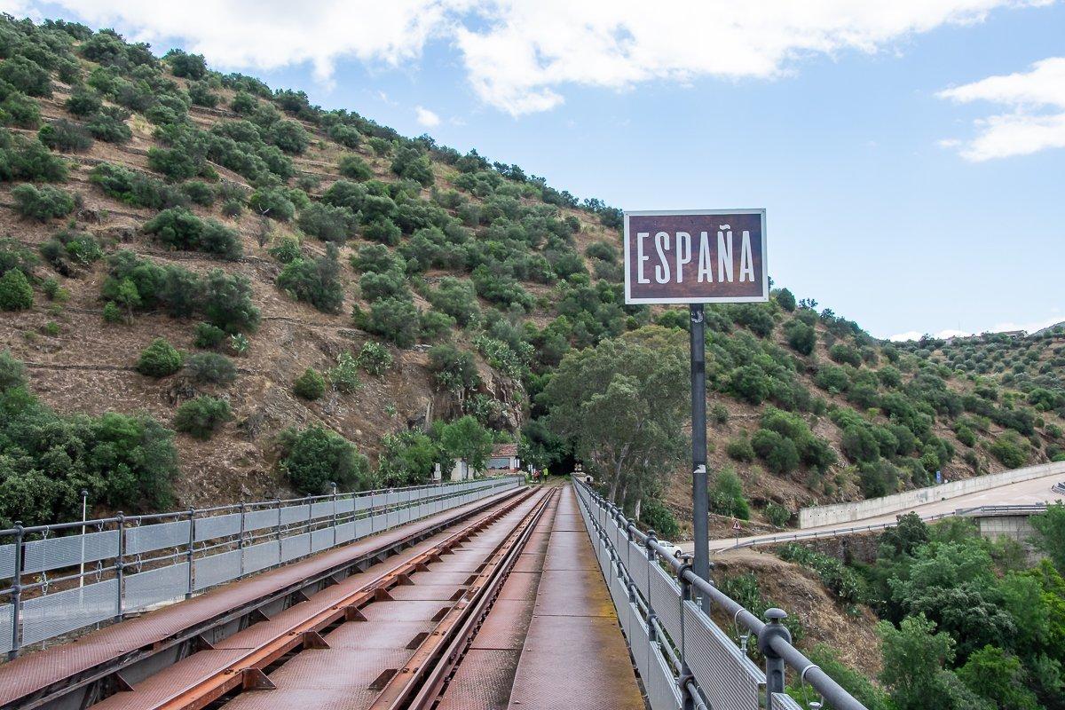 dumundo_visit_spain_camino_hierro_10