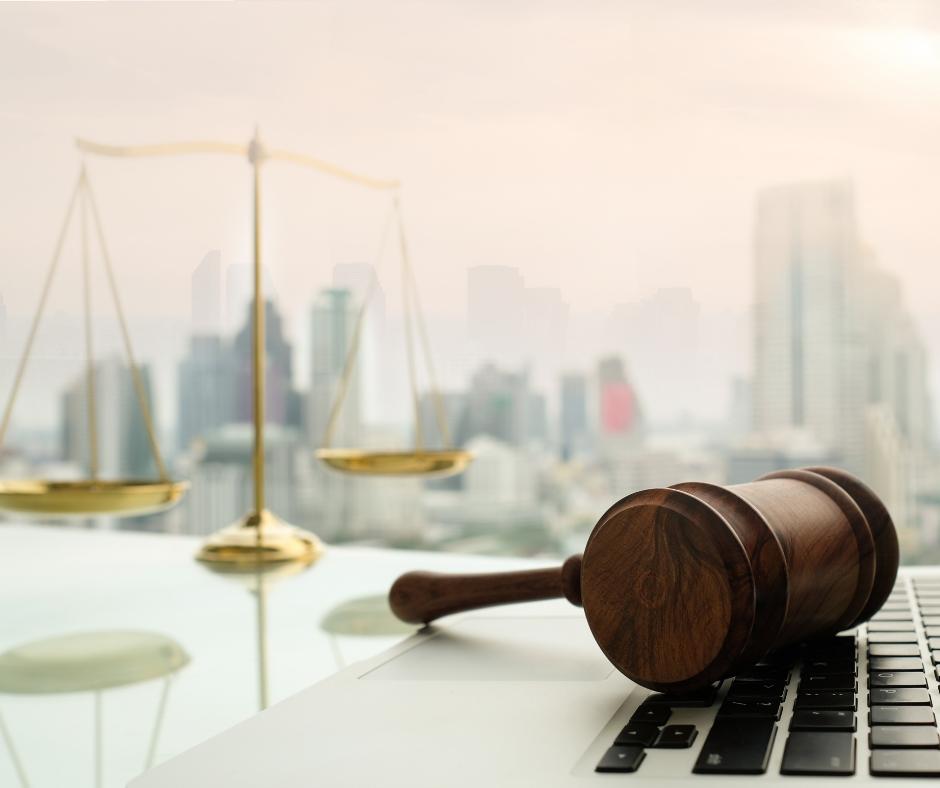 קיום צווים והתנגדויות של בית משפט