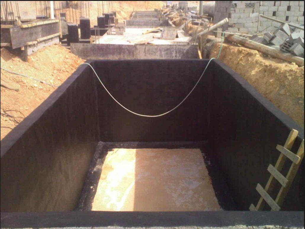 عزل خزانات المياه بعد التليس من الداخل