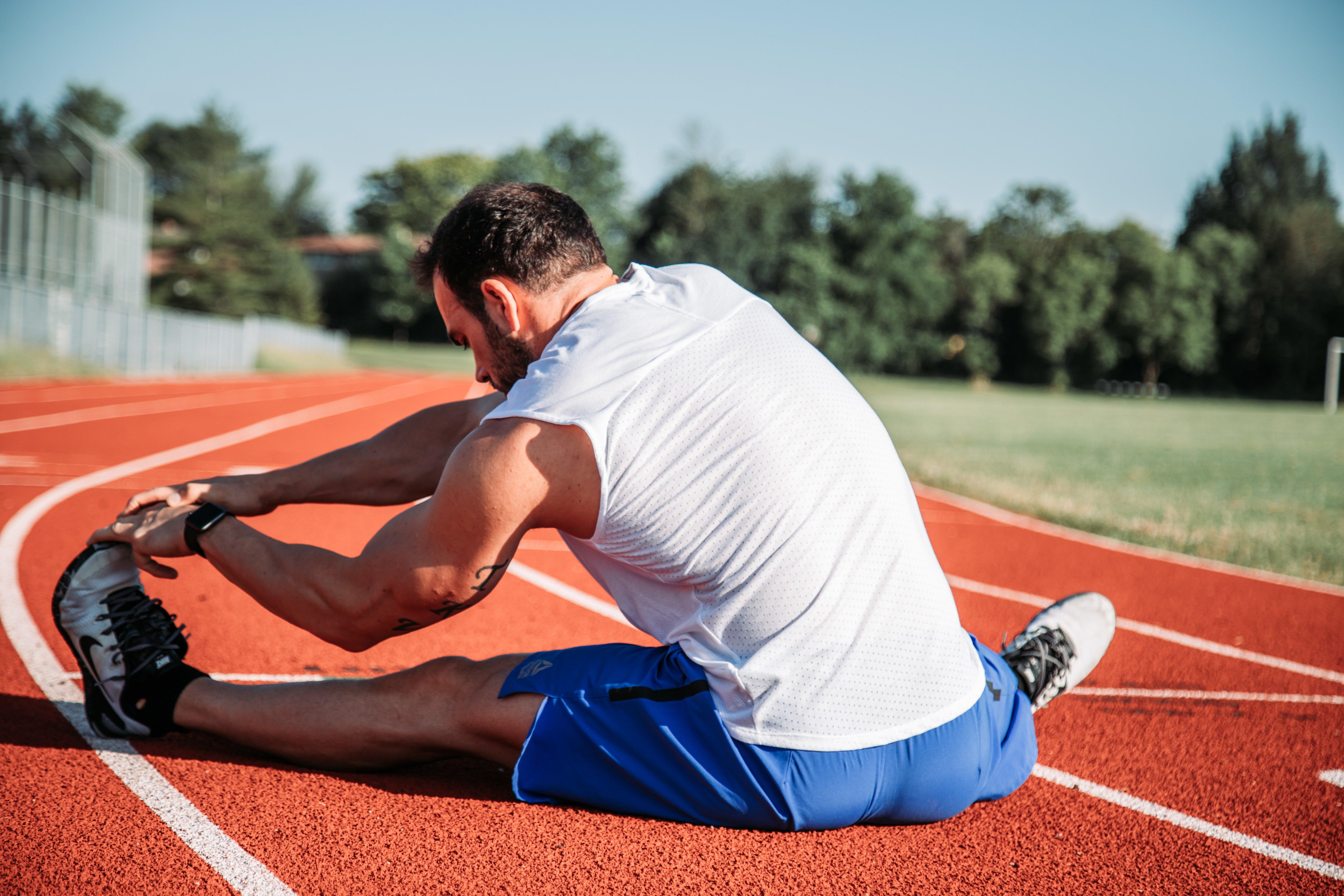 Comment s'étirer avant une séance de sport