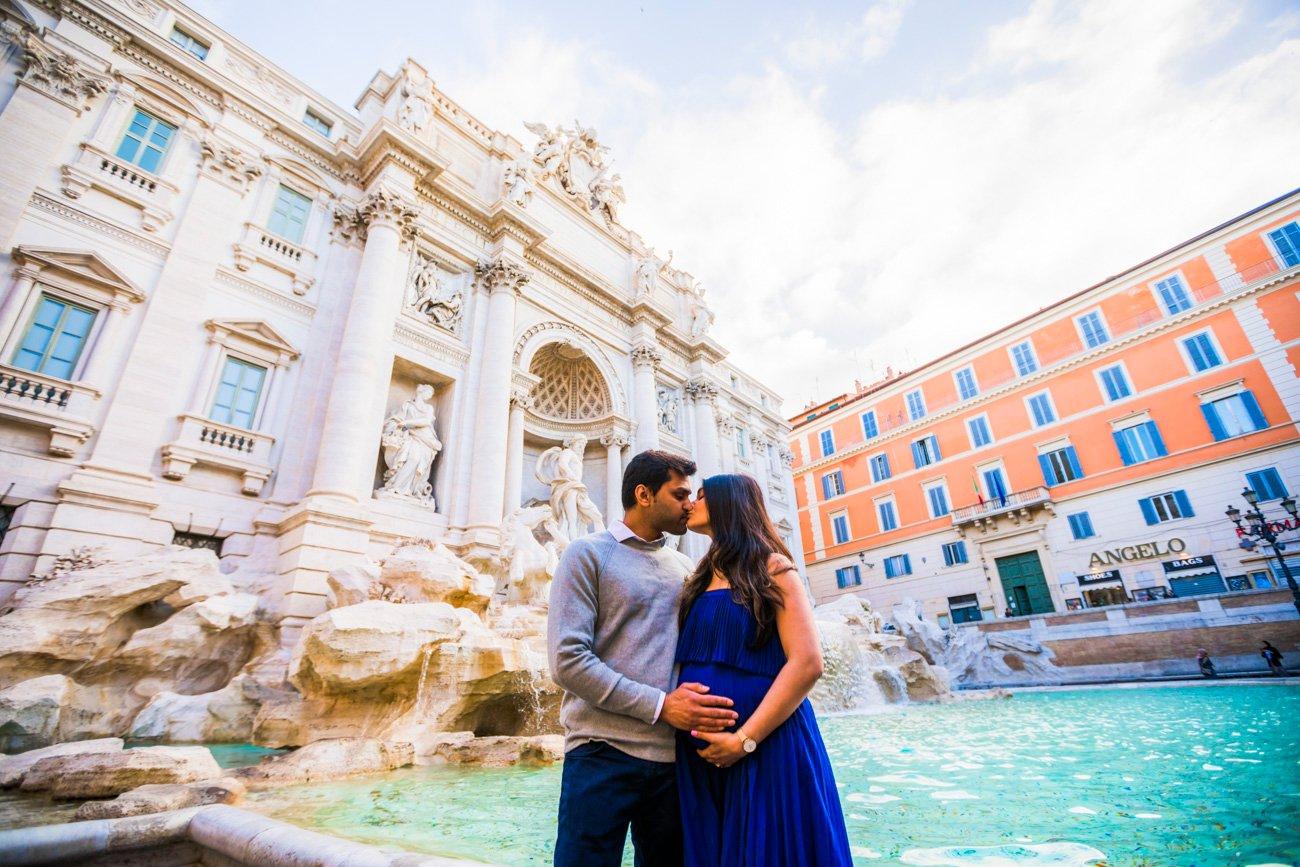 family photos at Trevi Fountain