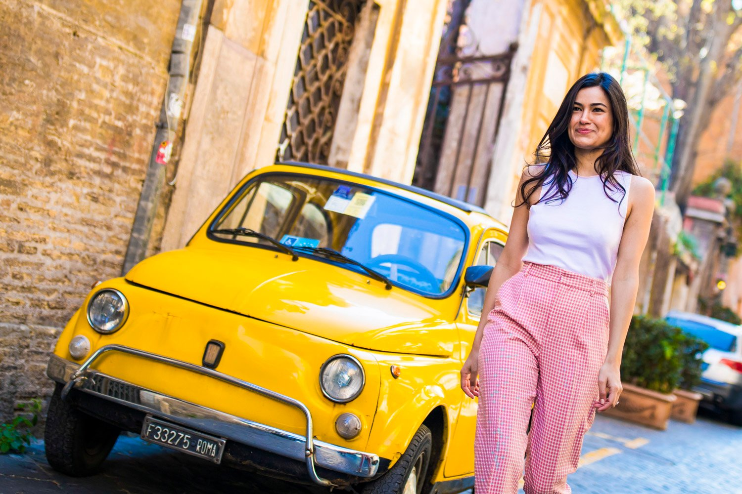 luxury photo session in rome with a vintage 500 car