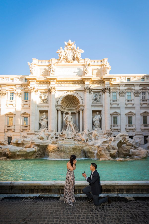 marriage proposal at Trevi Foutain