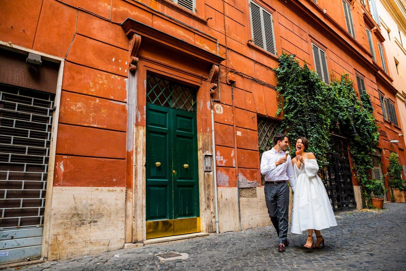 walking session rome narrow streets