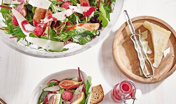 Feigen Salat, mit den Sommerfrüchten u Manchego