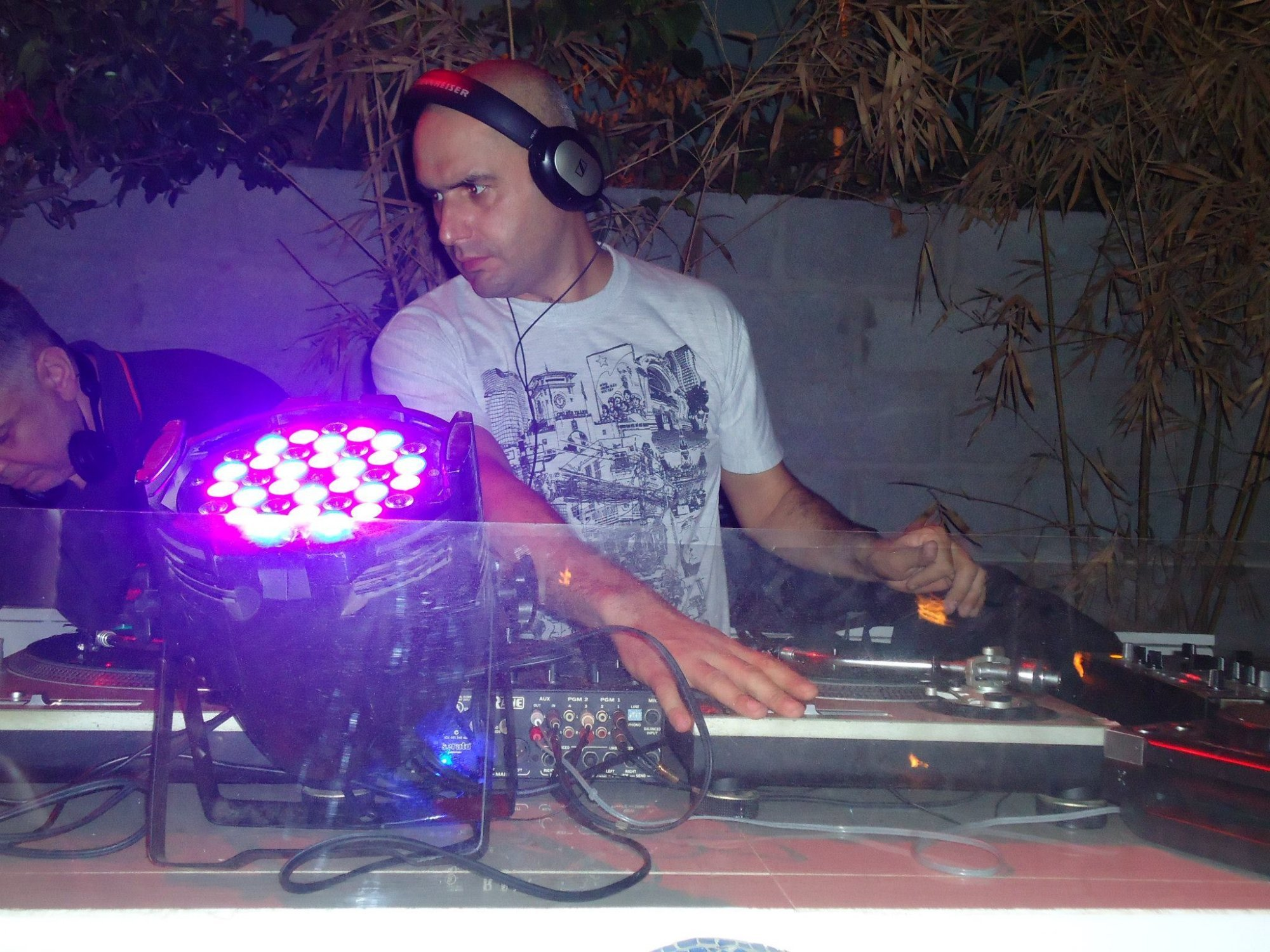 Guest (first hour) DJ Psycho-UK