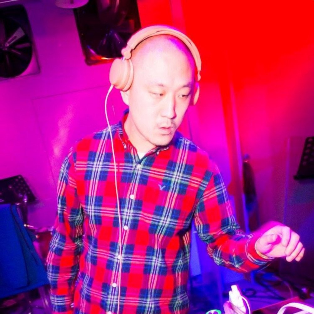 Murphy Kin at Triangle - Scientific Sound Asia