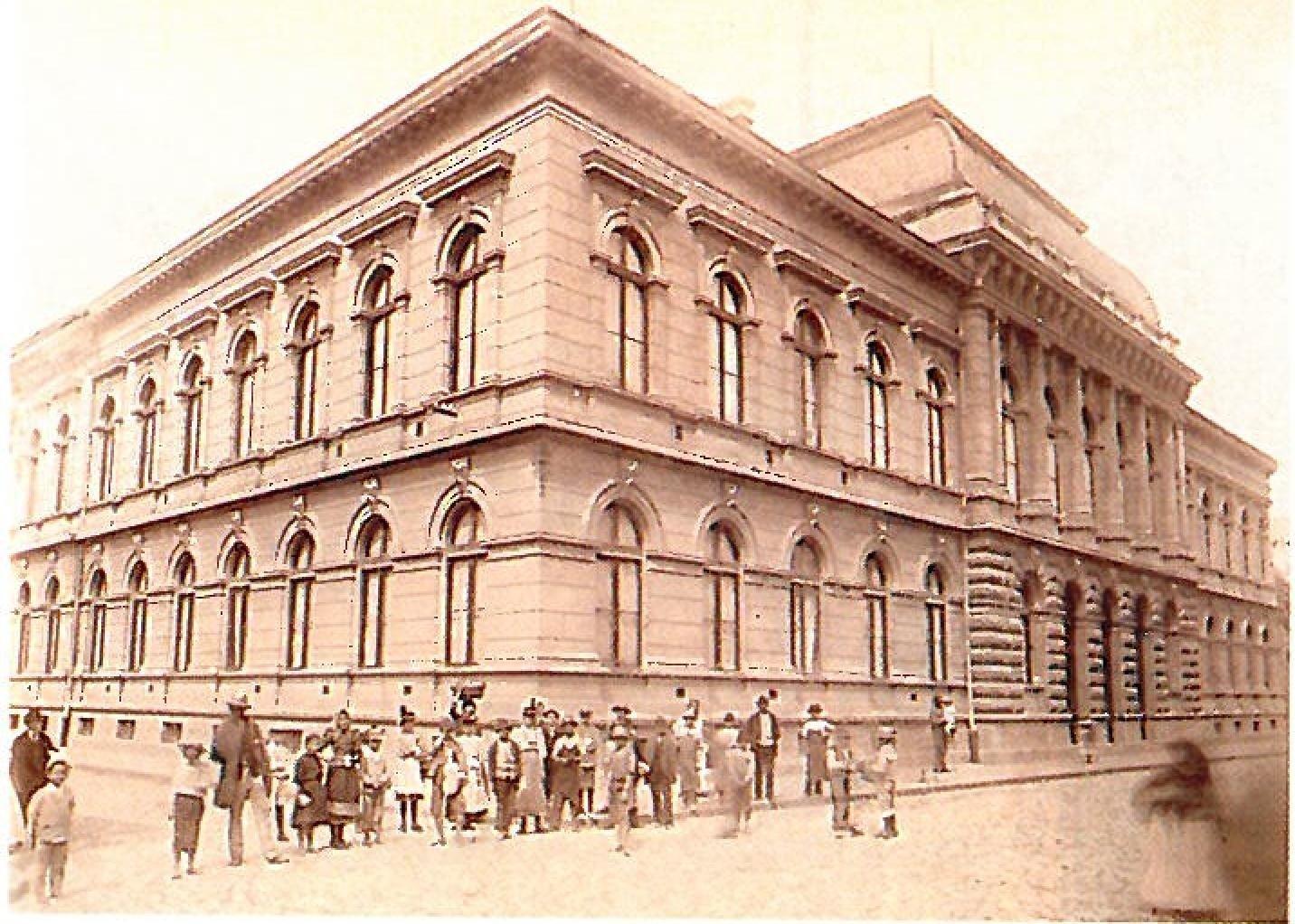 Polgari fiu iskola Arad 1900