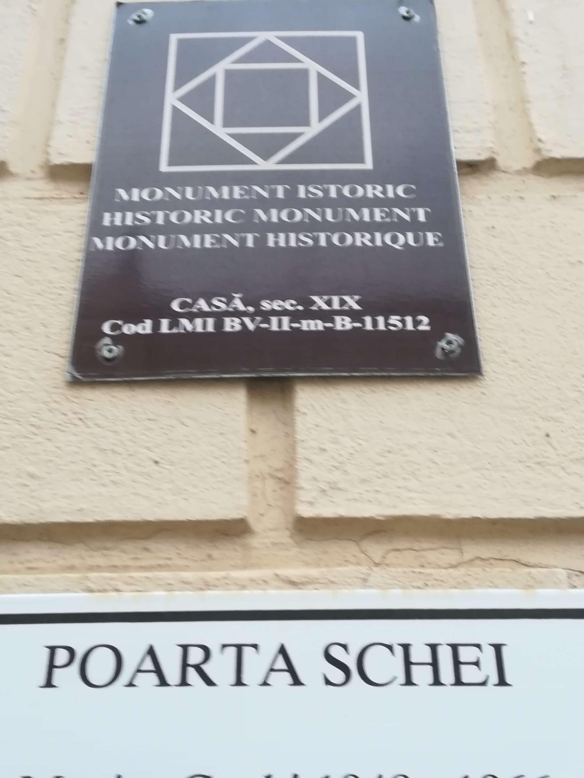 monument brasov